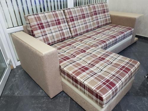 Угловой диван 007