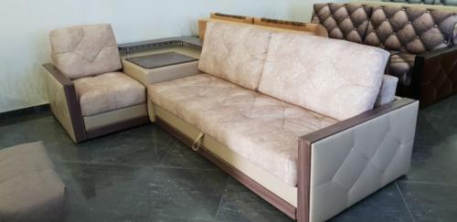 Угловой диван 010