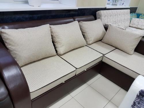 Угловой диван 022